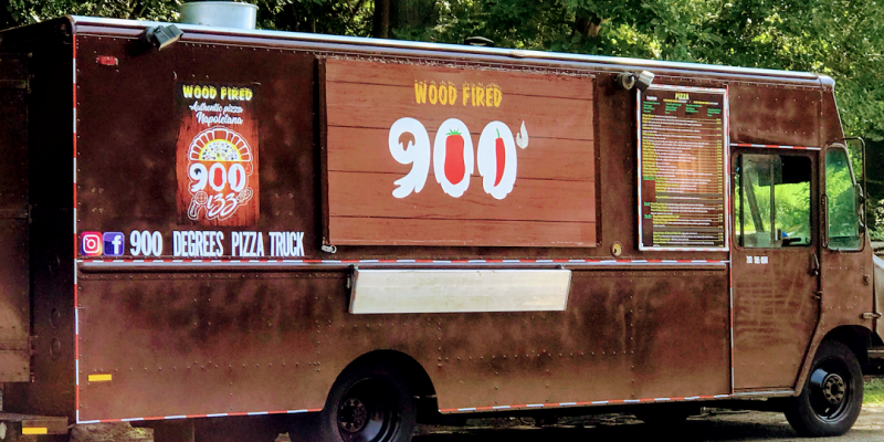 900 Degrees Pizza Truck